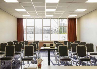 Hotel-Ibis-Utrecht-Meetingroom-Vecht-Theater2